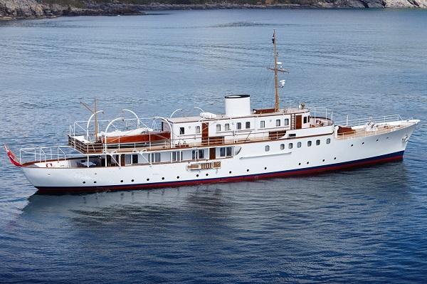 Malahne rebuilt at Pendennis shipyard