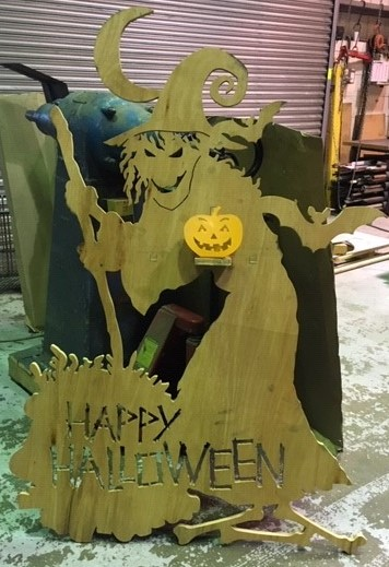 halloween witch prop in 18mm plywood
